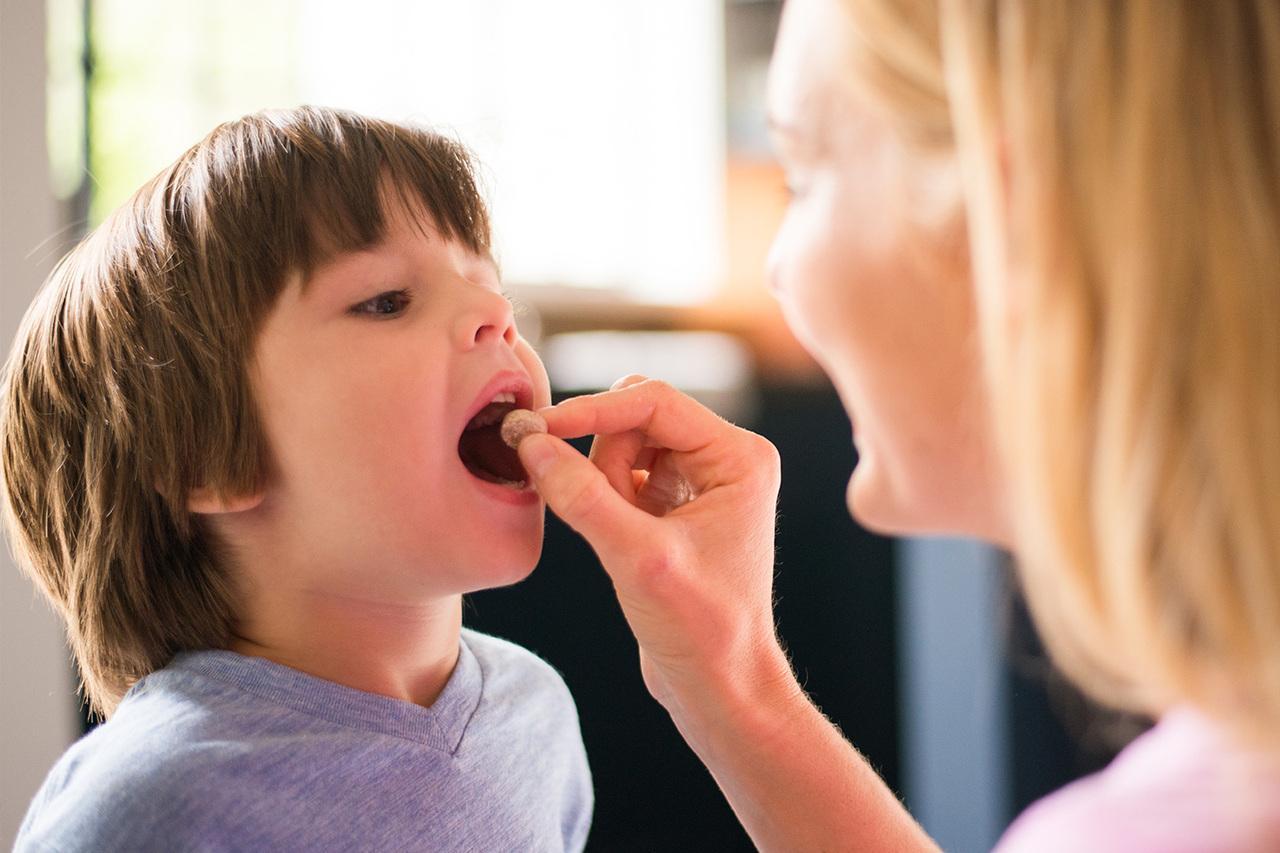 Jangan Memberi Anak Vitamin Sembarangan Moms! Berikut Aturannya