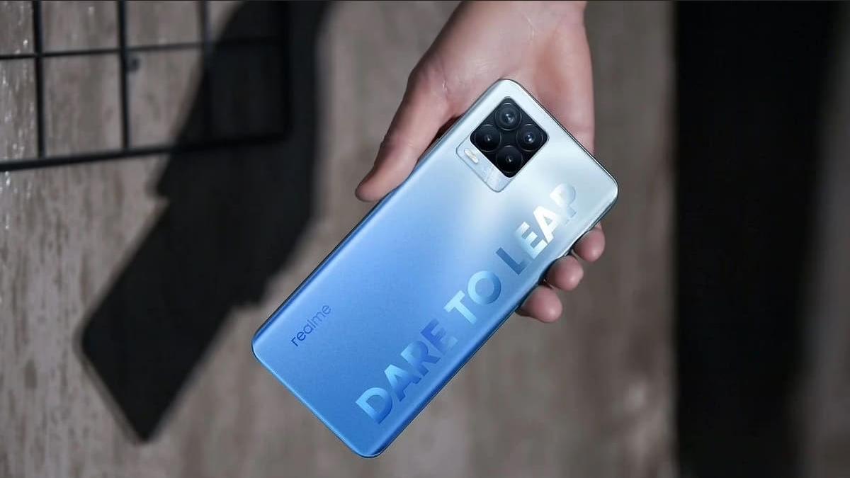 5 Keunggulan smartphone realme 8pro